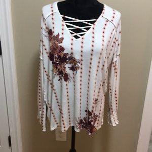 Women's Size M CoCo & Jaimeson Long Sleeve V Neck